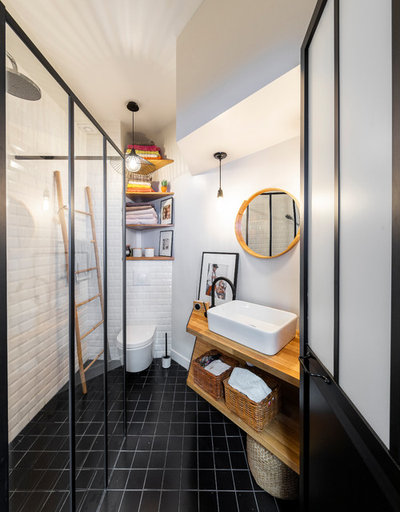 Contemporary Bathroom by Clémentine Mailhac