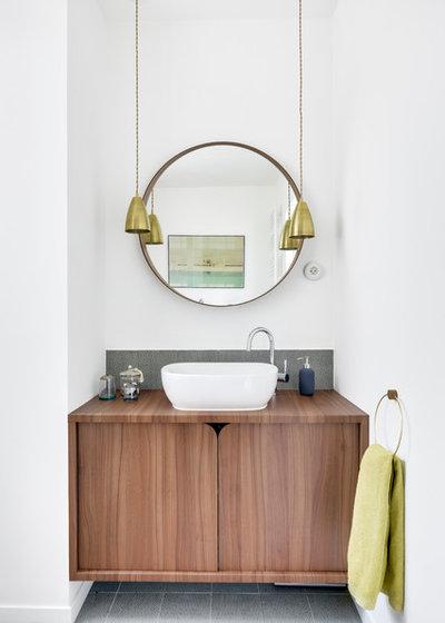 コンテンポラリー 浴室 by Transition Interior Design
