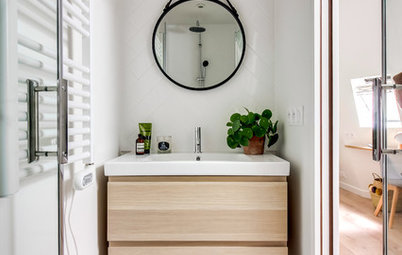 Reflections: How to Choose a Bathroom Mirror
