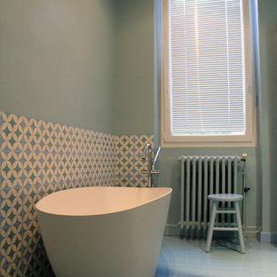Salle De Bain Avec Carrelage De 2 Couleurs Photos Et Idees Deco