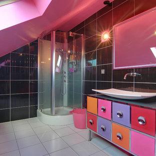 Salle de bain avec un mur rose Lille : Photos et idées déco de ...