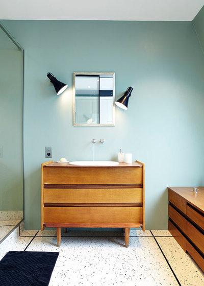 コンテンポラリー 浴室 by LORRAINE COLSON | Architecte d'Intérieur