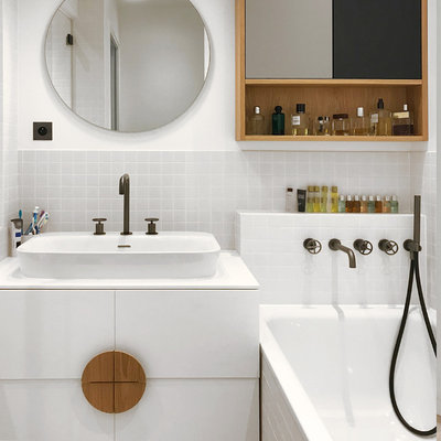 Contemporain Salle de Bain by LISA O. MERCADIER / ARCHITECTE D'INTERIEUR