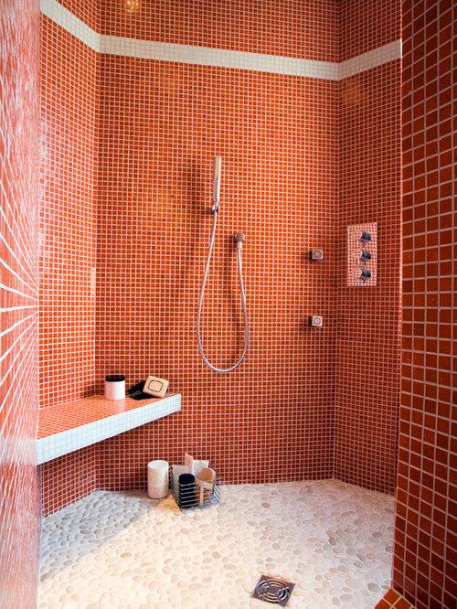 salle de bain avec un carrelage rouge photos et ides dco - Carrelages Brun 70s Salle De Bains