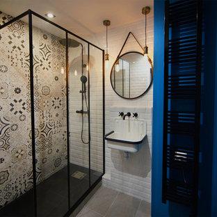 Rénovation d'une salle de bain style industriel