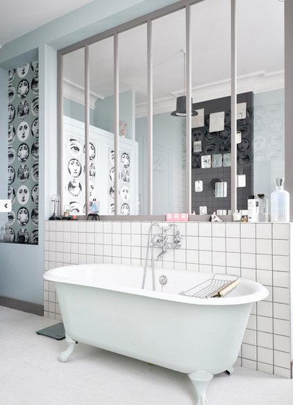 moderniser une baignoire sur pieds mode d 39 emploi. Black Bedroom Furniture Sets. Home Design Ideas