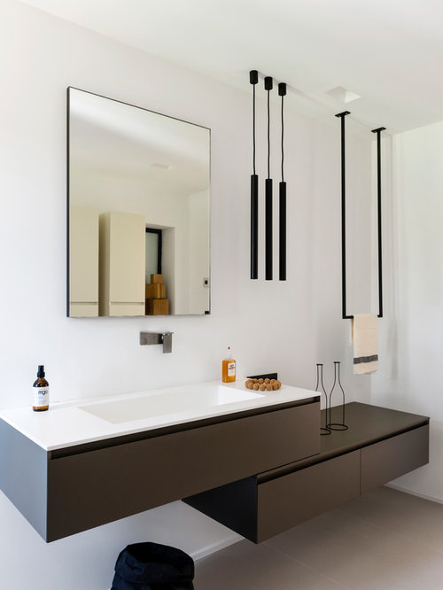 salle de bain moderne photos et id es d co de salles de bain. Black Bedroom Furniture Sets. Home Design Ideas