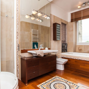 Inspiration for a mediterranean bathroom in Toulouse.