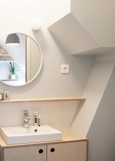 Современный Ванная комната by Batiik Studio