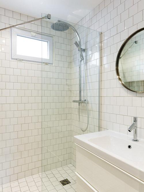 Salle de bain scandinave photos et id es d co de salles - Taille salle de bain ...