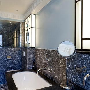 Idées déco pour une salle de bain principale classique.