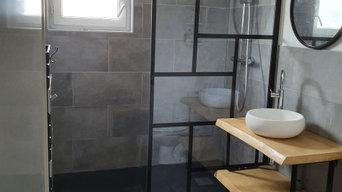Salle de bain moderne et industrielle