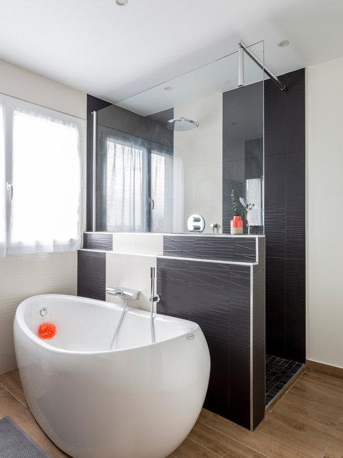 Salle de bain avec une douche l italienne avec un tapis - Salle de bains a l italienne ...