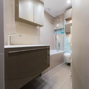 Salle de bain sur mesure dans un petit appartement a Paris