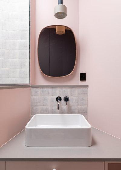 Contemporary Bathroom by ARCHIPELLES
