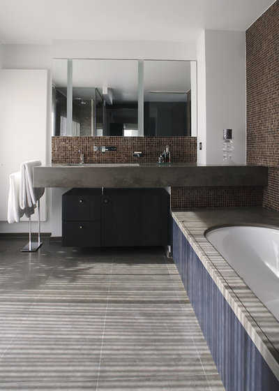 Contemporain Salle de Bain by Eric Gizard interior design