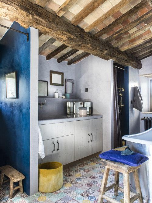 Foto e idee per bagni bagno in montagna for Case con stanze nascoste in vendita
