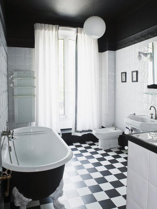 Salle de bain classique photos et id es d co de salles for Taille moyenne salle de bain