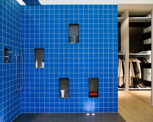 Salles de bains et wc avec un carrelage bleu photos et for Carrelage sdb bleu