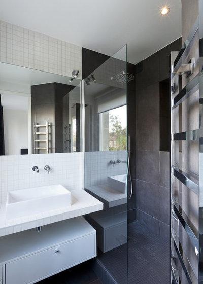 Contemporáneo Cuarto de baño by a-sh