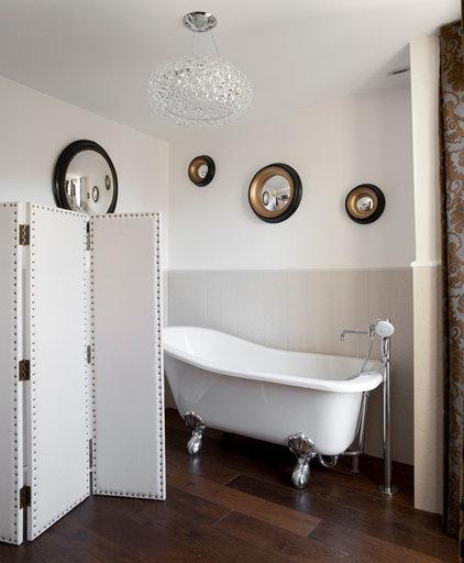 Contemporary Bathroom by ATELIER FB