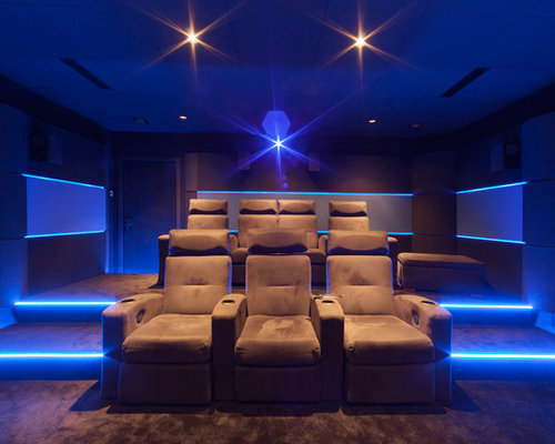salle de cinema priv e chez un particulier dans son sous sol. Black Bedroom Furniture Sets. Home Design Ideas