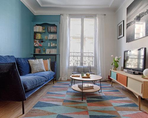 Salle de s jour scandinave avec un mur bleu photos et for Salle de sejour bleu