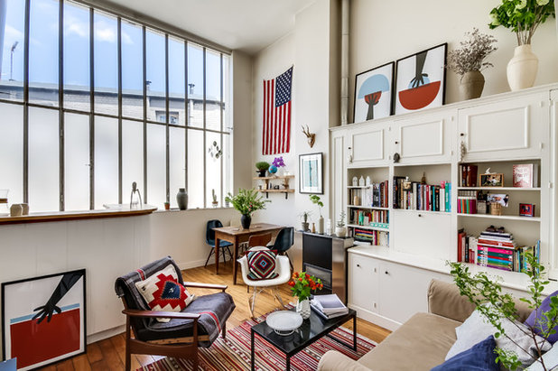 Eclectic Family Room by MEERO