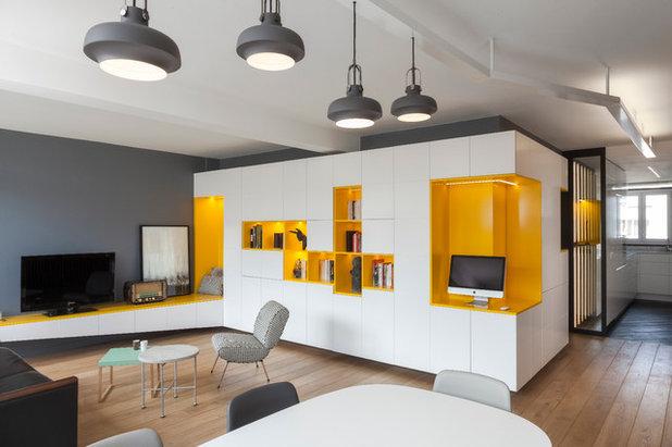 Современный Семейная комната by Agence Glenn Medioni