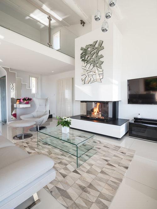 salle de s jour avec un manteau de chemin e en pl tre. Black Bedroom Furniture Sets. Home Design Ideas