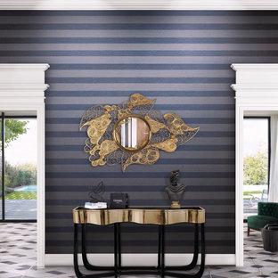 Foto di un grande soggiorno chic aperto con pareti viola, pavimento in marmo e pavimento multicolore