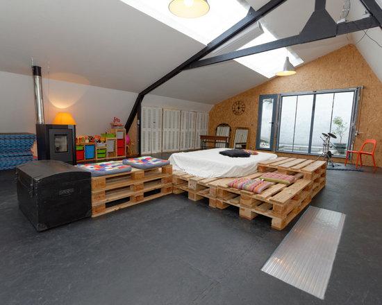wood pallet houzz. Black Bedroom Furniture Sets. Home Design Ideas