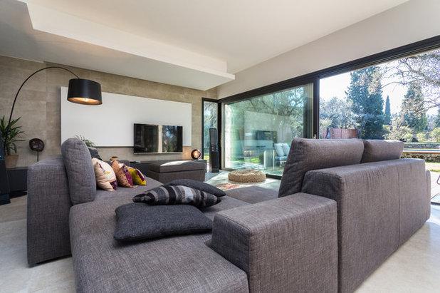 Le case houzz costruire una villa con piscina tra gli ulivi for Minieri arredamenti