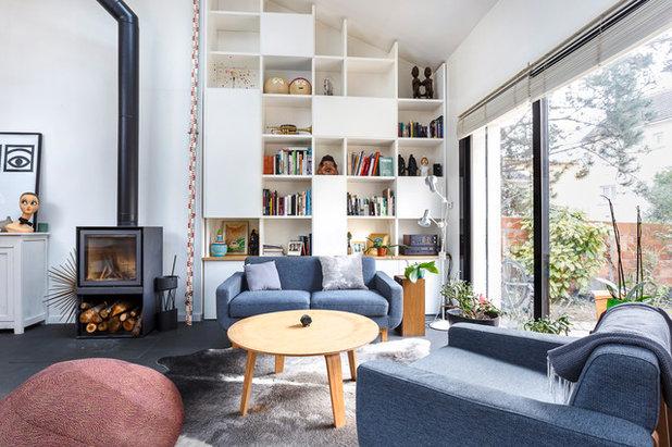 Wohnbereich Mit Multifunktionaler Treppe Für Mini Haus In Frankreich,  Wohnzimmer