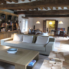 Family Room by L'atelier d'archi - Isabelle Juy