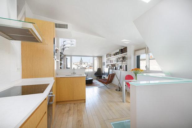 Ecléctico Sala de estar by A+B KASHA Designs