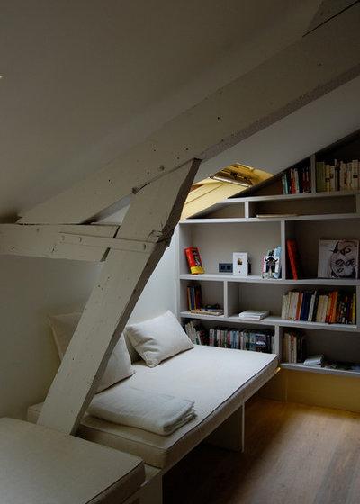 Lit au plafond for Lit escamotable electrique plafond