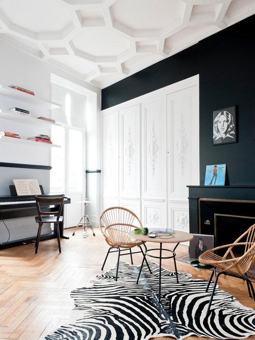 Salle de séjour avec un mur noir : Photos et idées déco de salles ...