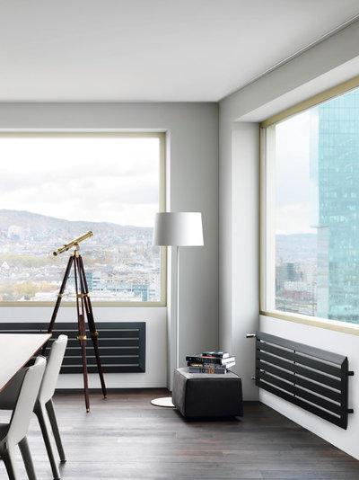 Moderno Sala de estar by Runtal
