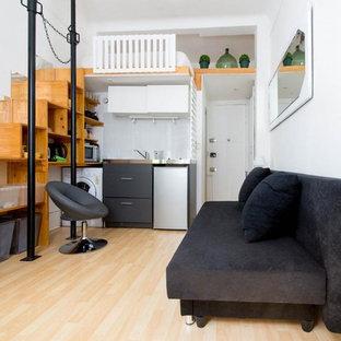 Imagen de sala de estar contemporánea pequeña