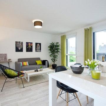 Une salle de séjour contemporaine à Noyal Chatillon sur Seiche