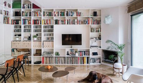 Una casa en Madrid diseñada en torno a una enorme estantería