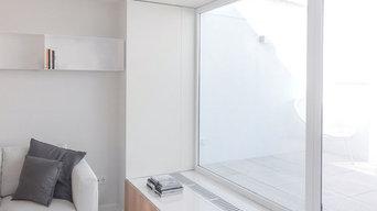 Apartamento C | Detalle escalón con almacenamiento