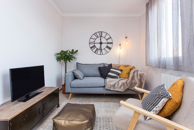 Transitional Living Room by At Home with Hostmaker - Spain