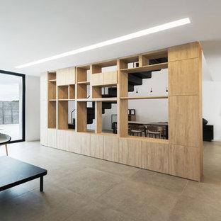 Foto de salón moderno de tamaño medio