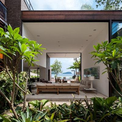 Contemporary Living Room by Iñigo Bujedo Aguirre Photography