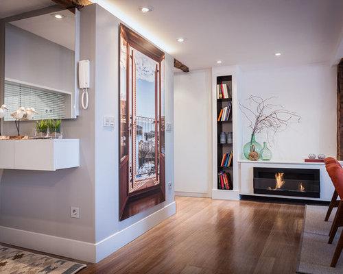 rustikale wohnzimmer mit h ngekamin ideen design bilder beispiele. Black Bedroom Furniture Sets. Home Design Ideas