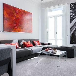 Modelo de salón para visitas abierto, contemporáneo, de tamaño medio, sin chimenea, con paredes blancas y moqueta