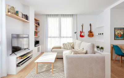 Houzz Tour: Opening Up a City Flat Creates an Airy, Flowing Space