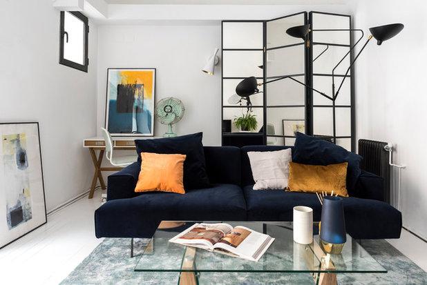 Industrial Living Room by Helena Martín